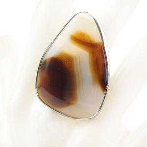 пръстен с бял кафяв ахат