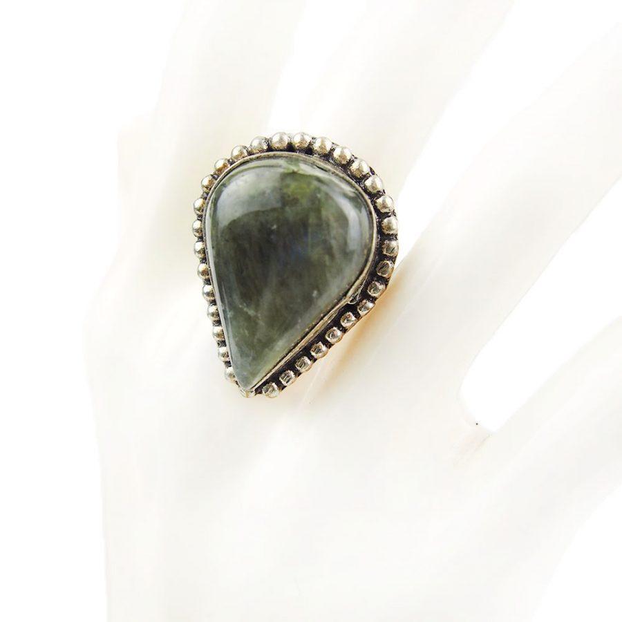 пръстен с лабрадорит