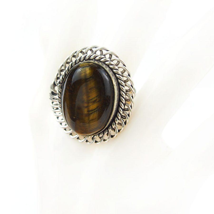 голям пръстен с тигово око