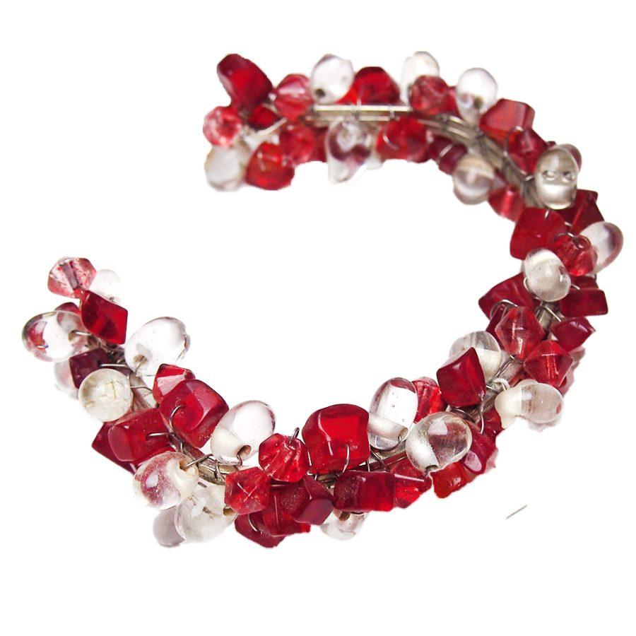 гривна червено бяла баба марта със стъклени мъниста