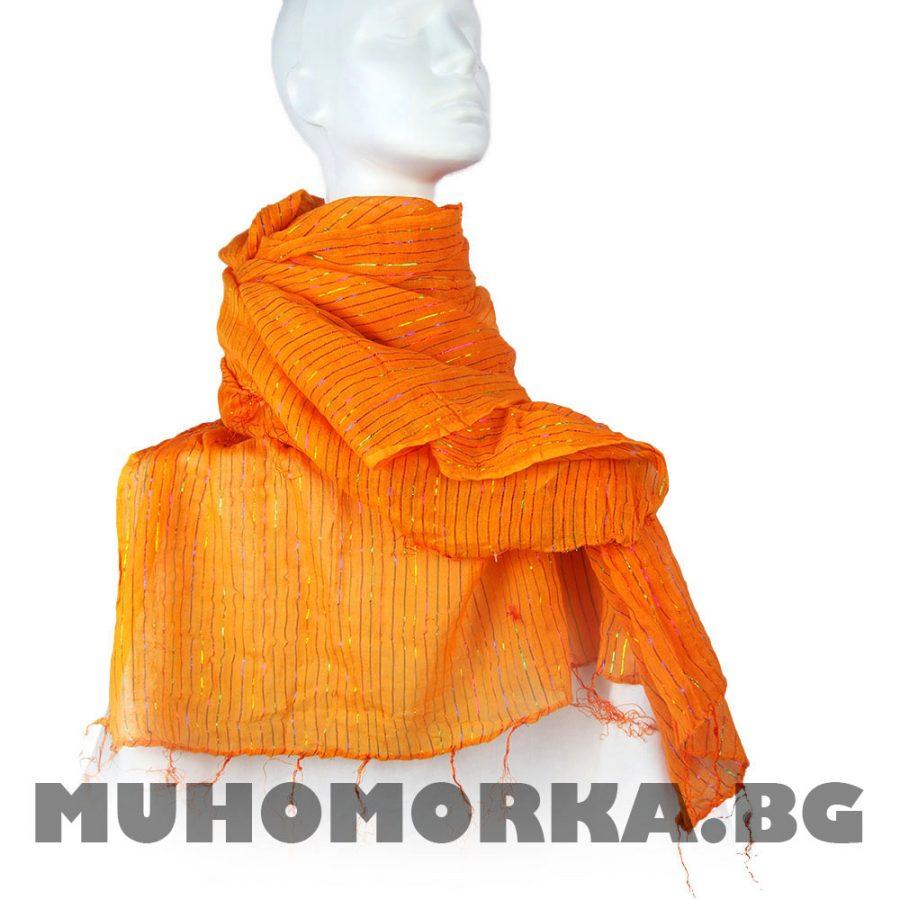 шал с блестяща нишка